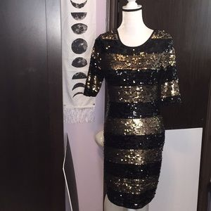 BCBG MAXAZRIA gold black sequined dress. Size Med